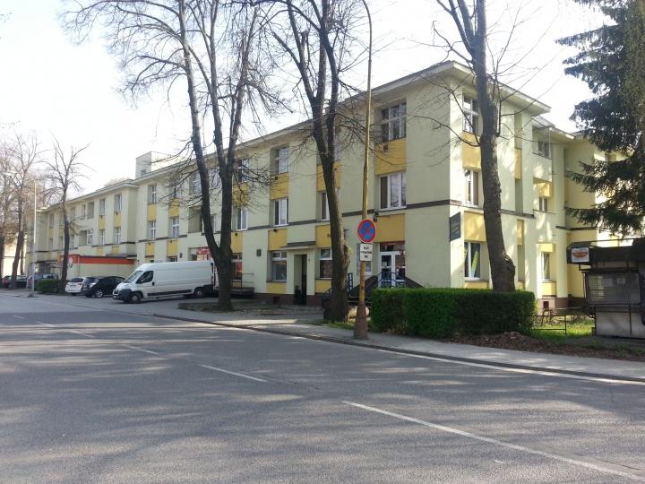 fc1774981 Považská Bystrica, Robotnícka   Zásielkovňa